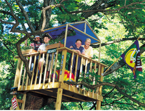 Choosing the best treehouse wood leads to lots of fun times with friends!